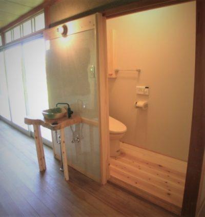 押し入れをトイレにリノベーション