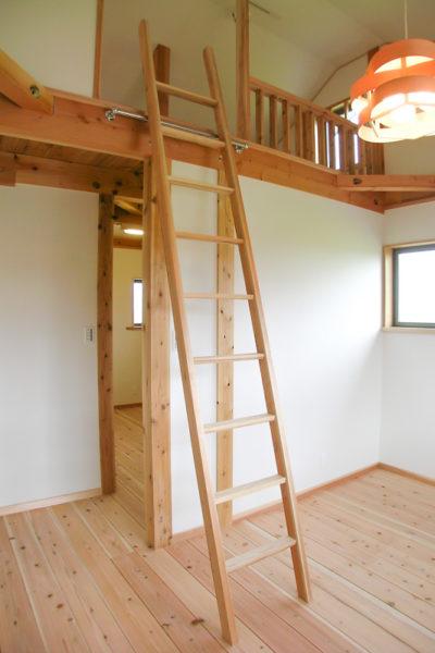 ロフトのはしご