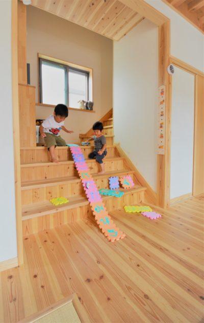 階段で遊べる