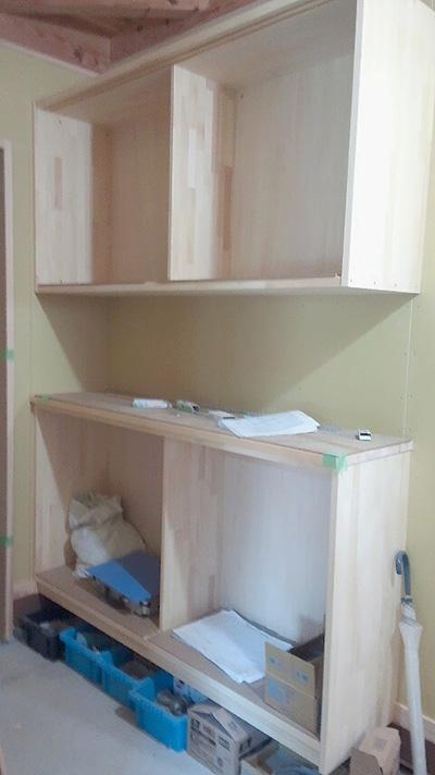 収納の造作家具。大工の腕の見せ所