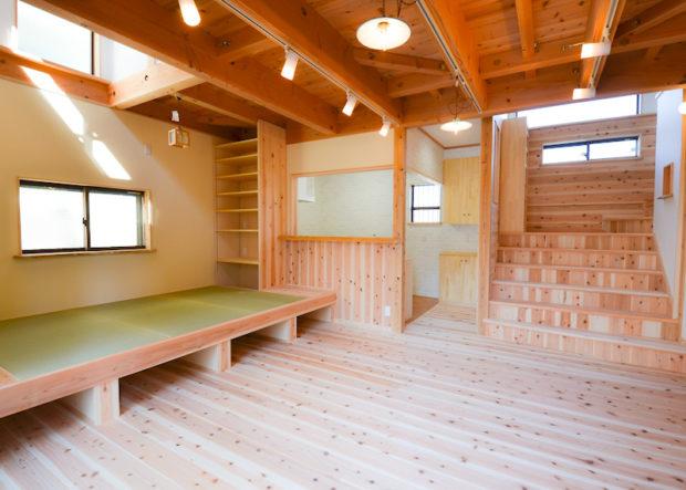 LDKには小上がり畳のある家族のくつろぎ空間