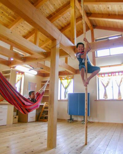 最初、子供部屋は大きなフリースペースとして使おう